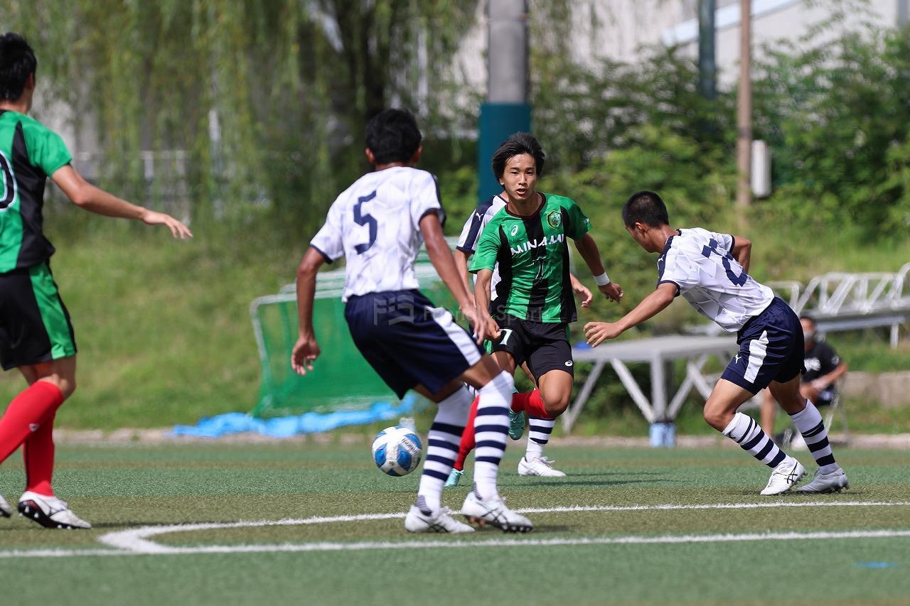 米子北 vs 広島皆実                        U-18サッカープリンスリーグ2021中国
