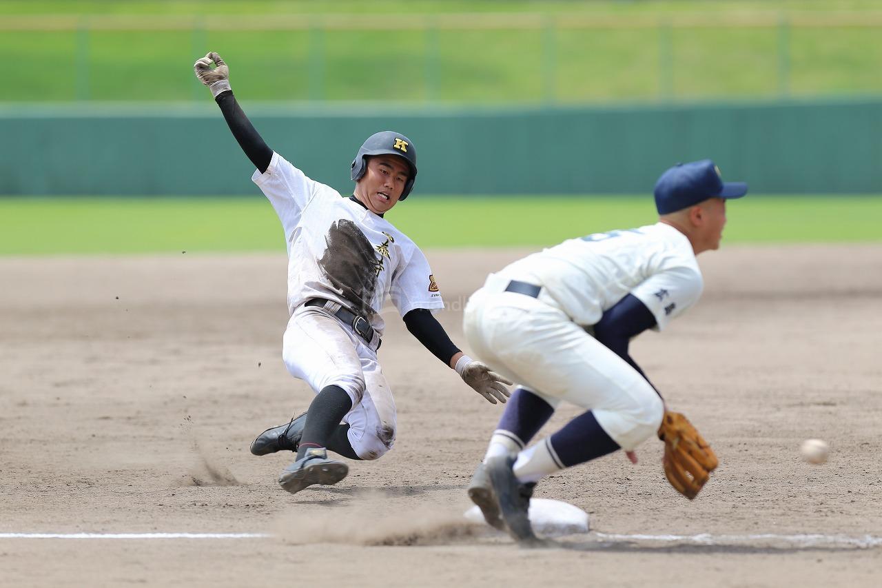 高校野球十三日目5回戦1試合が、福山市民球場で行われる!ベスト4が決まる!7月30日に準決勝2試合が行われる!