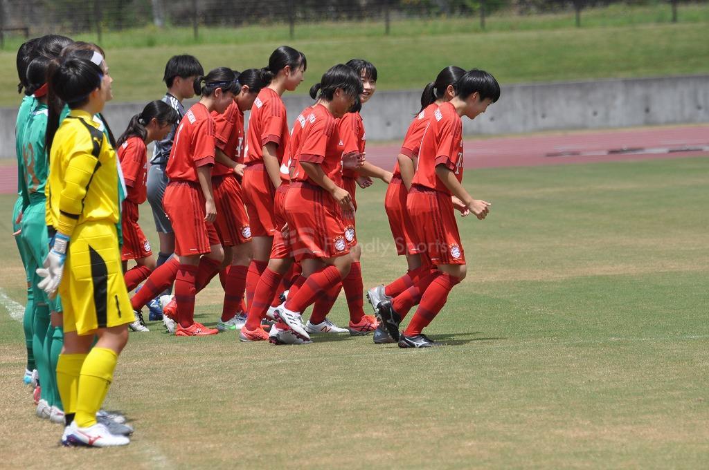 広島県女子サッカー選手権大会FCバイエルンツネイシレディース VS AICJ高校 試合模様1!