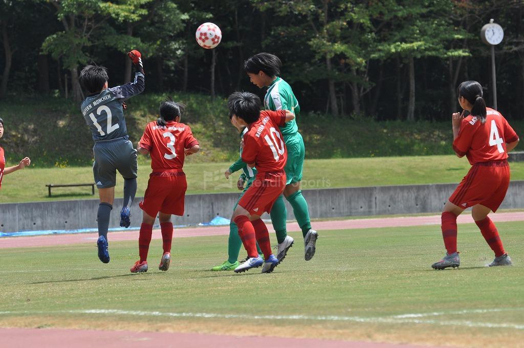 広島県女子サッカー選手権大会FCバイエルンツネイシレディース VS AICJ高校 試合模様2!