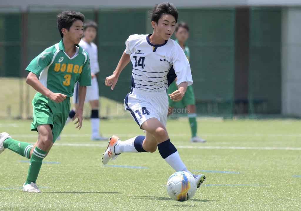 修道中 vs 本郷中 (2回戦)広島県中学校サッカー選手権